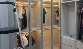 Lắp đặt tủ nhà chị Liên đường Phan Văn Hớn