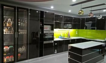 Tủ bếp inox cánh kính – Lựa chọn mới cho không gian bếp